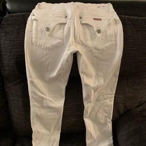 BRAND NEW NEVER WORN!! Hudson destroyed skinnies